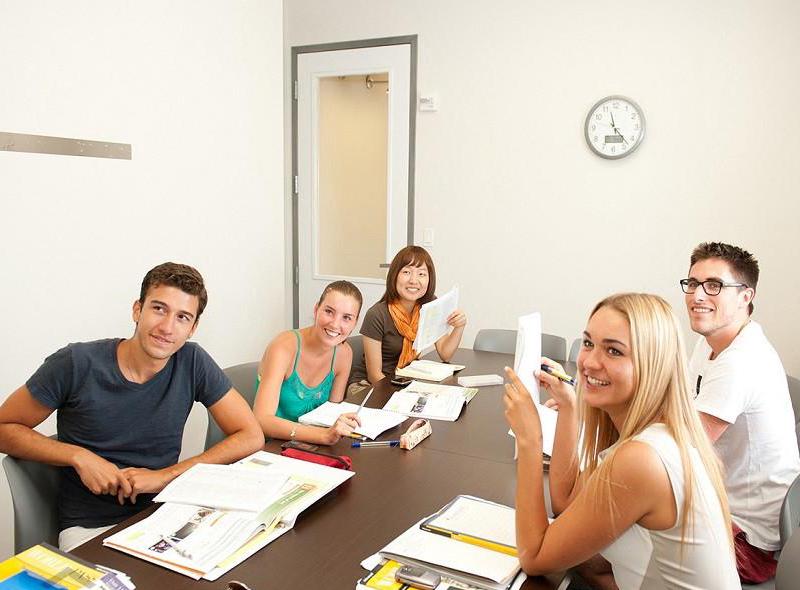 Language School – методы изучения иностранных языков